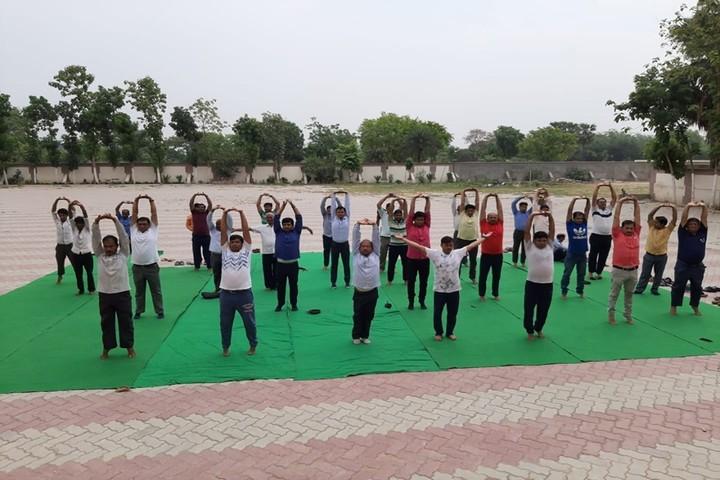 Uma Shankar Champa Devi Dav Public School-Yoga Day