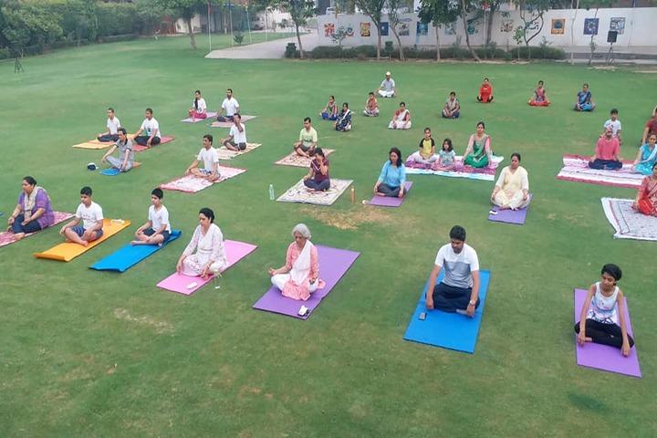 New Era School-Yoga Day