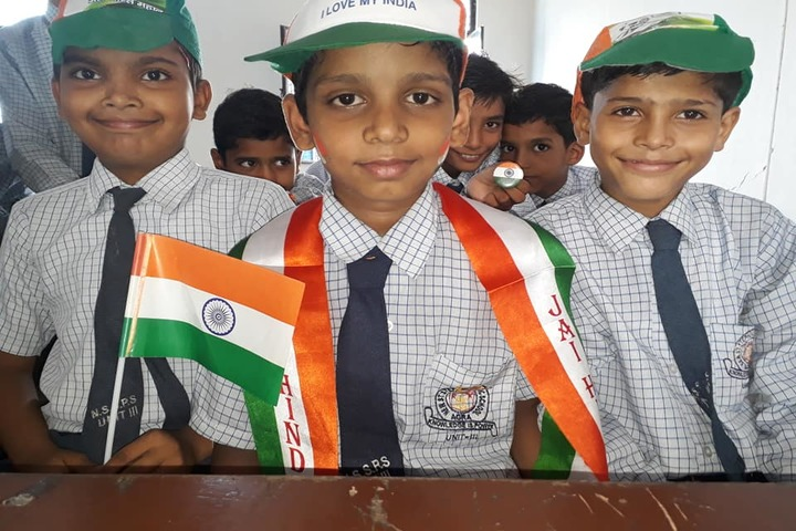 New St Stephen Public School Unit III-Independence day