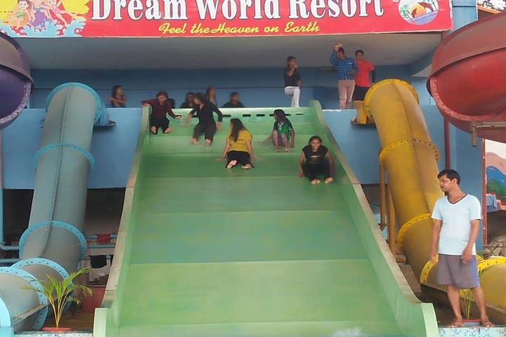 Nimisha Convent School-Visit To Dream World Resort