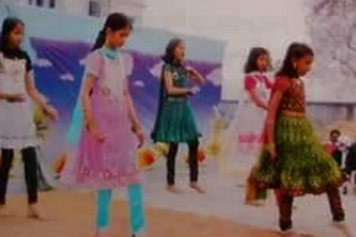 Noble Senior Secondary School-Dances