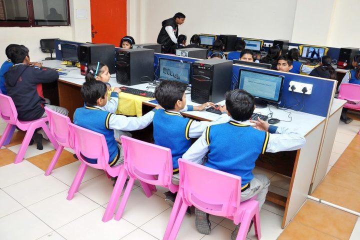Northern India Public School-Computer Lab