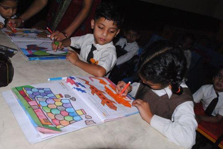 Om Prakash Ganapati Memorial School - Art and Craft Room