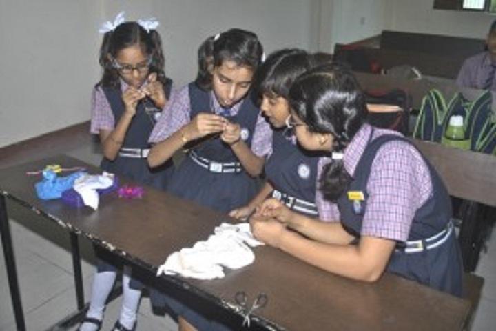 Omni Public School-Children Hobby Class