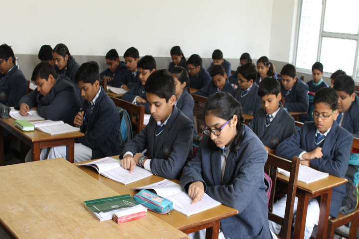 P M S Public School-Classroom