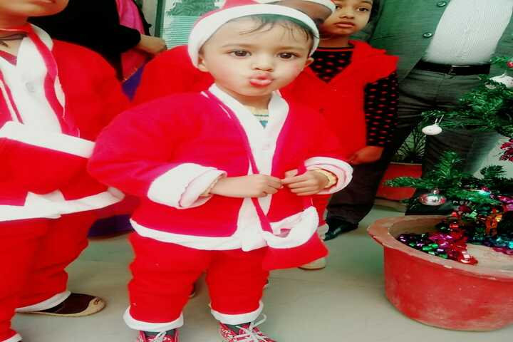 Paras Public School-Christmas Celebrations