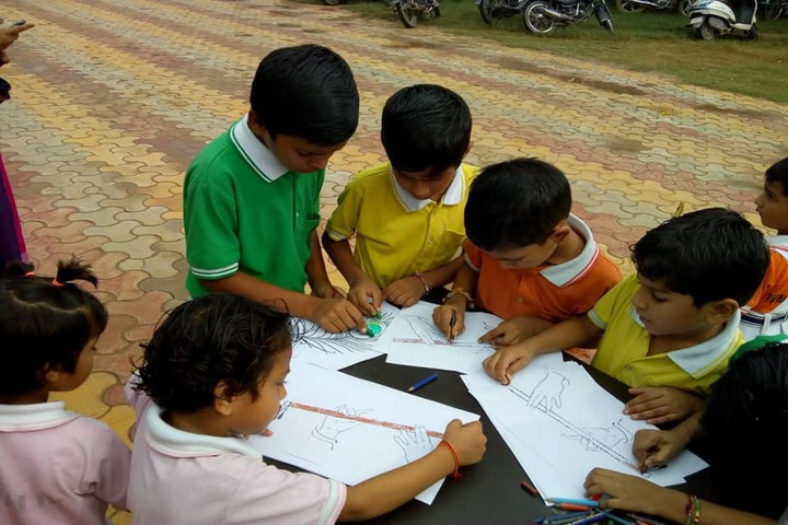 Paras Public School-Drawing Competition