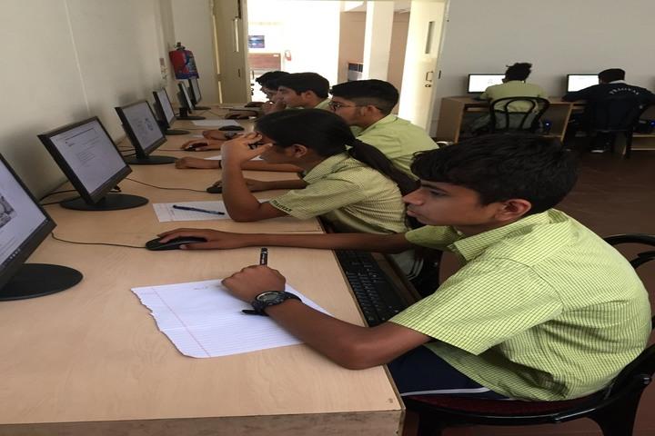 Pragyan School-Computer Lab