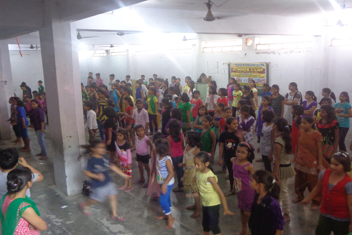 Premier International School-Summer Camp
