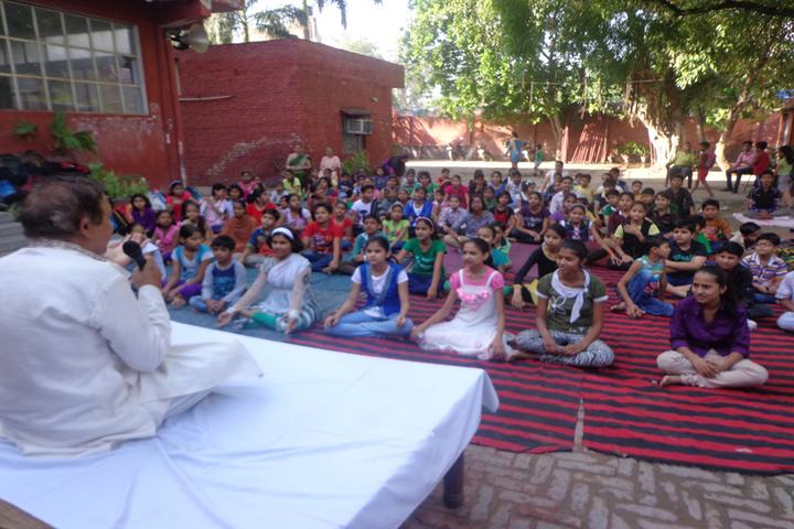 Premier International School-Yoga Day