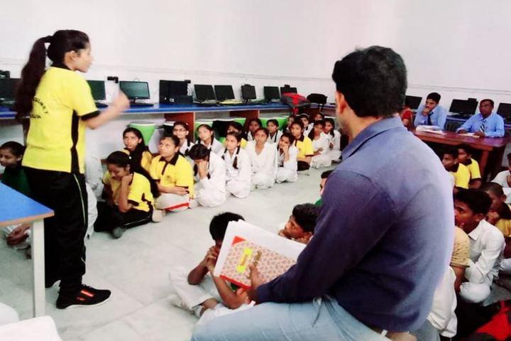 Pt Babu Ram Pandey Academy-Computer Lab