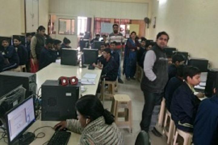 Pt Deen Dayal Upadhyaya Sanatan Dharma Vidyalaya-Computer Lab