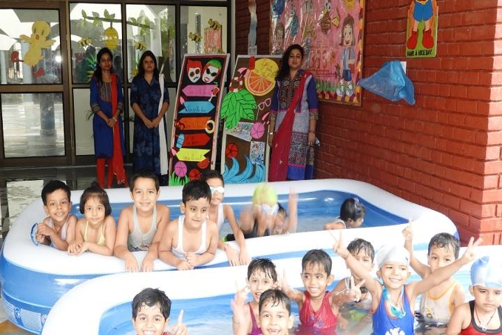 Pt. Deen Dayal Upadhyaya Sanatan Dharma Vidyalaya-Splash Pool