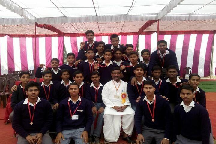 Pt Deendayal Upadhyay Saraswati Vidya Mandir Inter College-Students