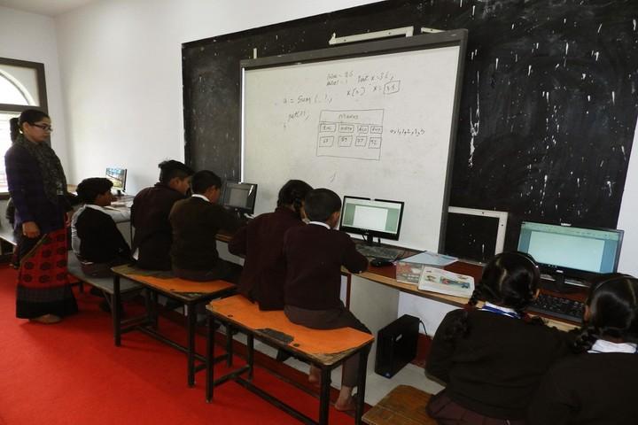 R K Education Centre-Computer Lab