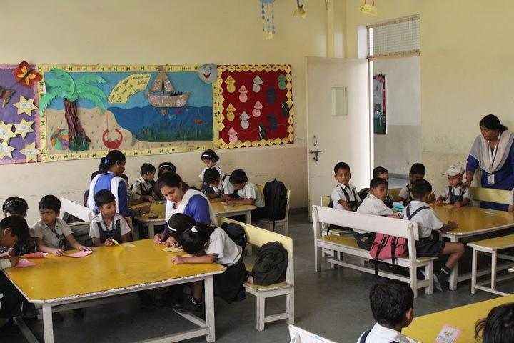 R K International School-Primary Classroom