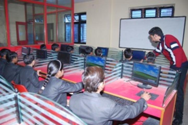 R K Public School-computer lab