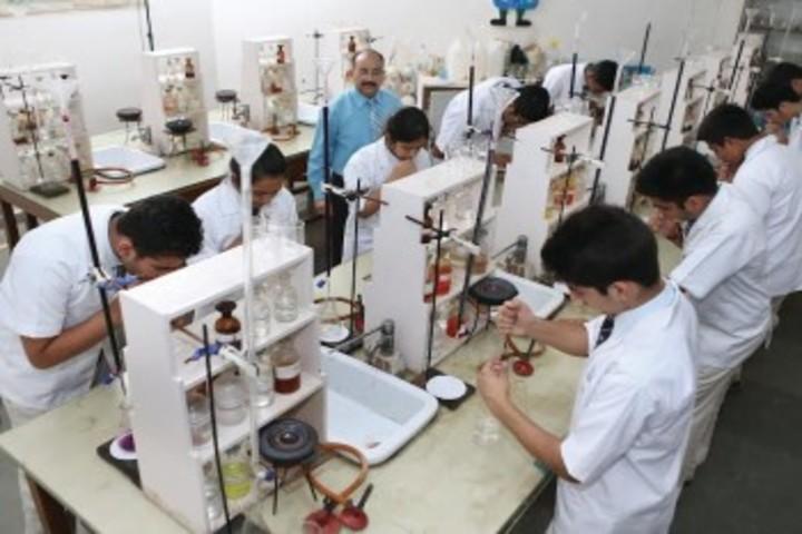 R P M Public School-Lab