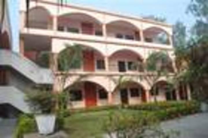 R R Morarka Pub School-building1
