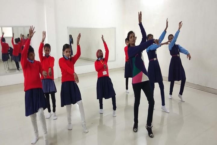 R S Excel English Academy-Dance Class