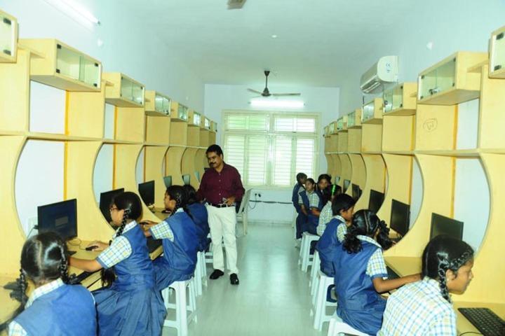 Gayatri School-Computer Lab