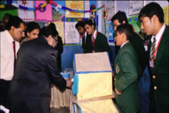 R N Tagore Senior Secondary School-Exhibition
