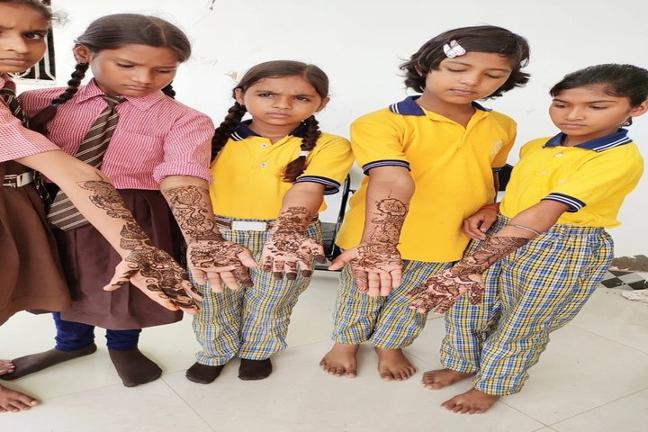 Radhey Mahendra Vidya Niketan-Festival Celabrations
