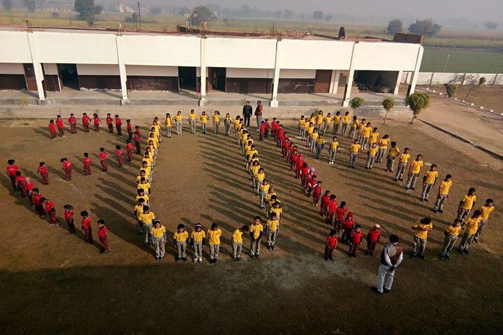 Radhey Mahendra Vidya Niketan-Independance Day