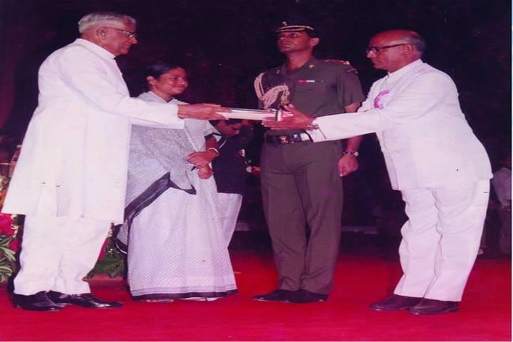 Ram Lakhan Bhatt International School-Awards
