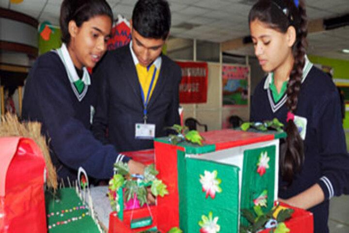 Rama International School-Art and Craft