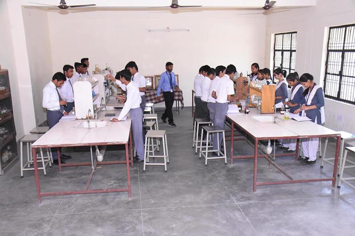Rameshwaram International Academy-Labs