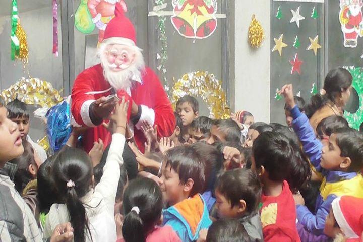 Ramkali Buddhilal Sahu Shikshan Sansthan-Christmas Celebrations