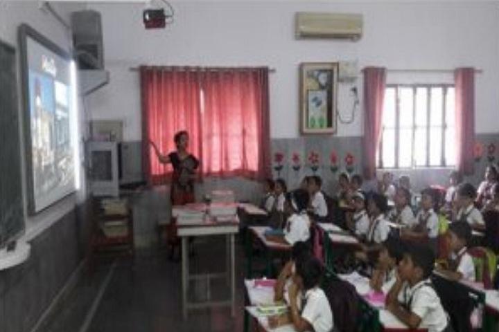 Rani Laxmi Bai Memorial Senior Secondary School-Smart Class