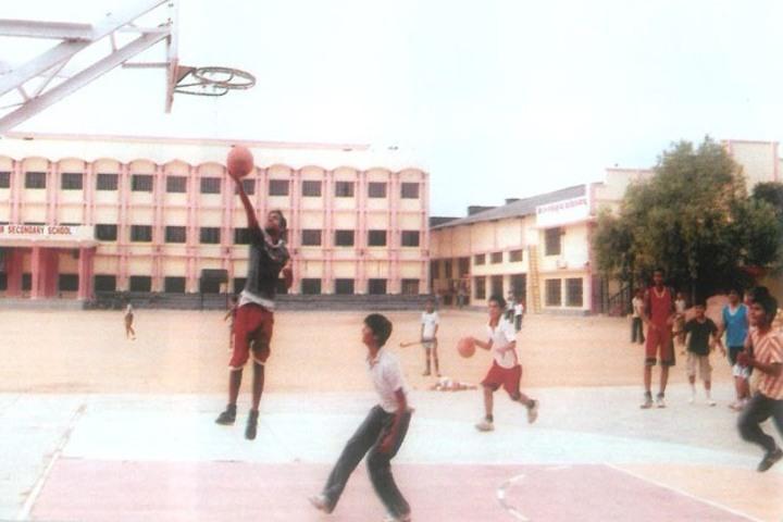 Rani Laxmi Bai Memorial School-Games