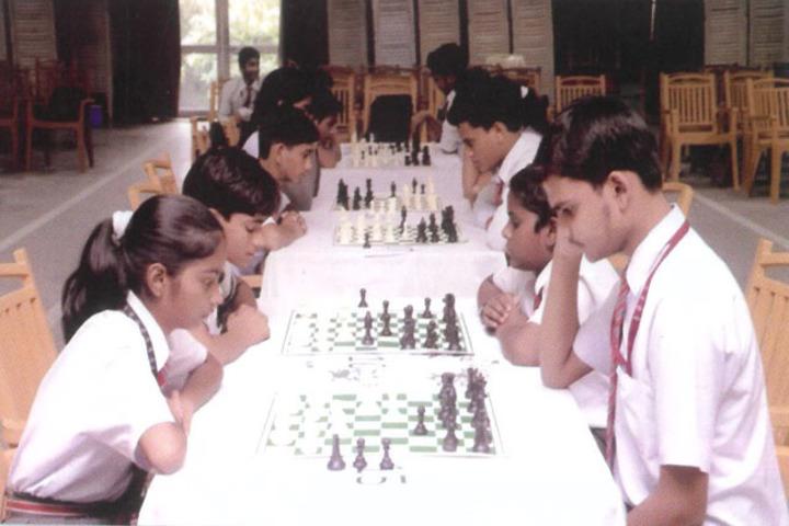 Rani Laxmi Bai Memorial School-Indoor Games