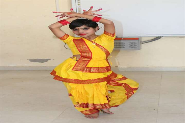 Rattan Lal Phool Katori Devi-Dance