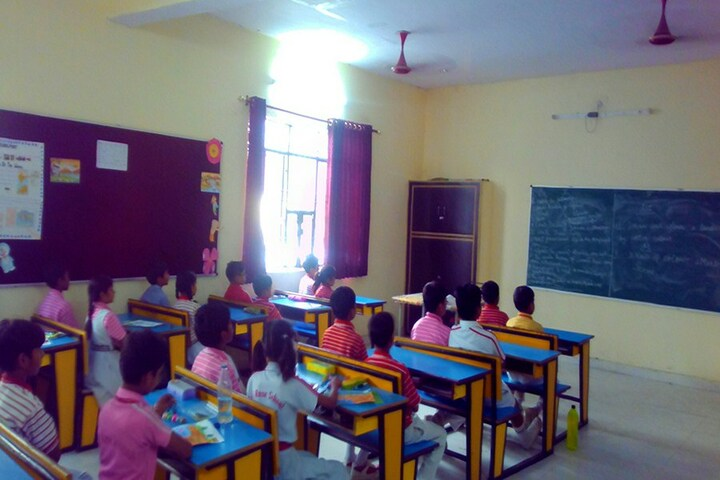 Red Rose Senior Secondary School-Classroom