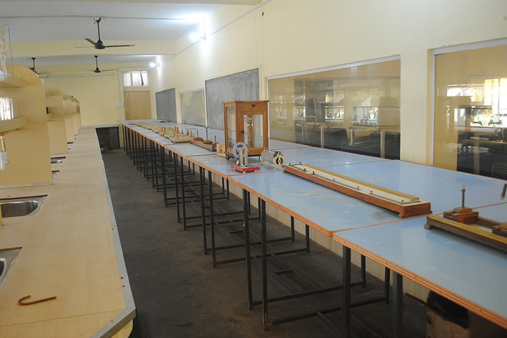Reliance Academy- physics lab