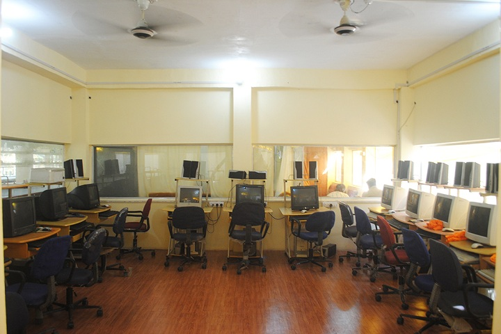 Reliance Academy-computer lab