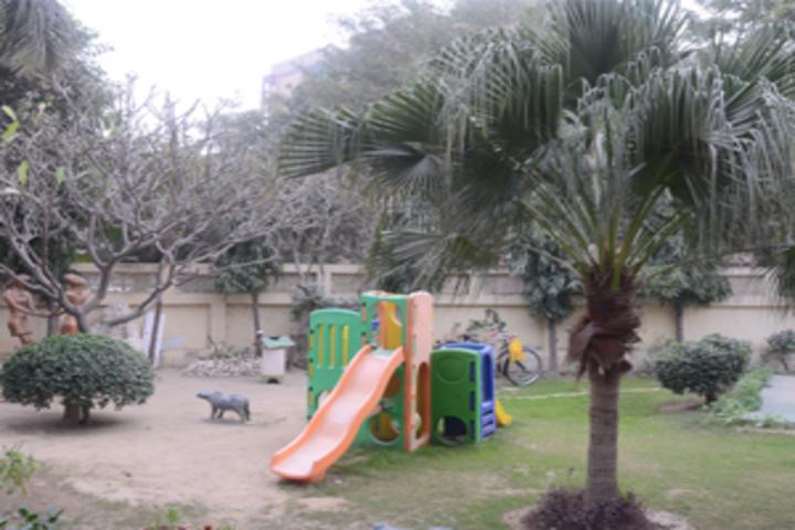 Rockwood Senior Secondary School-Play area