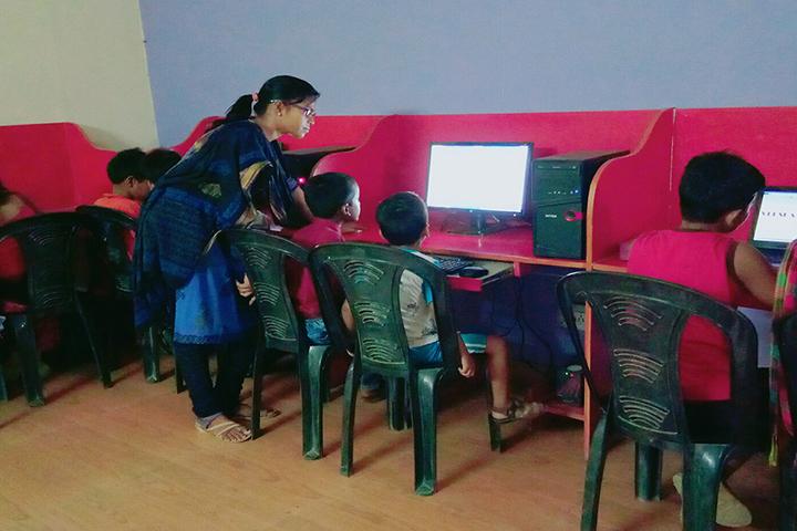 Royal Blue Public School- computer lab