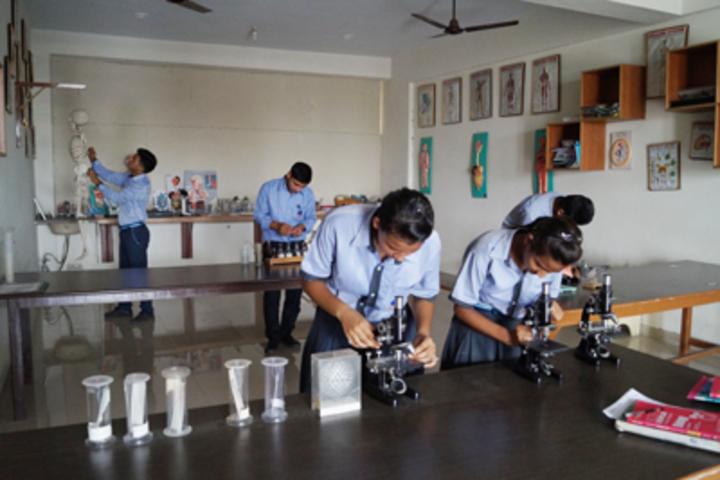 Royal Public School- Biology Lab