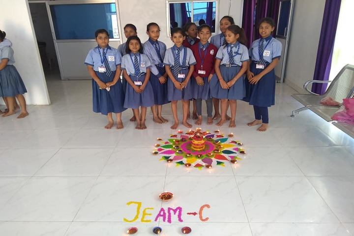 Royal Public School- rangoli