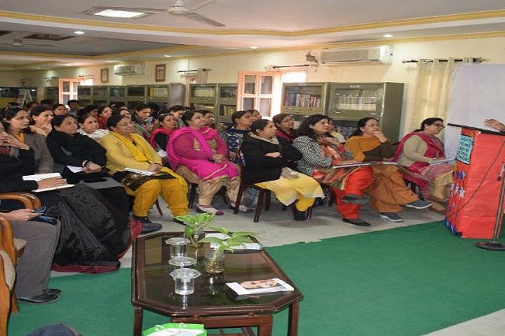 D A V Model School-Seminar