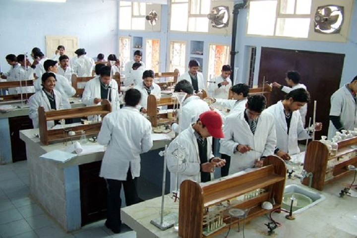 DAV Senior Secondary School-Laboratory