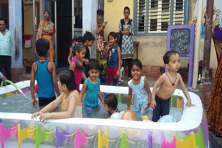 S S Kanhaiya Lal Aggarwal Memorial Bal Vidya Mandir-Water fun day
