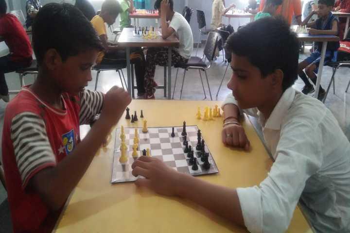 S R Global School- Indoor games