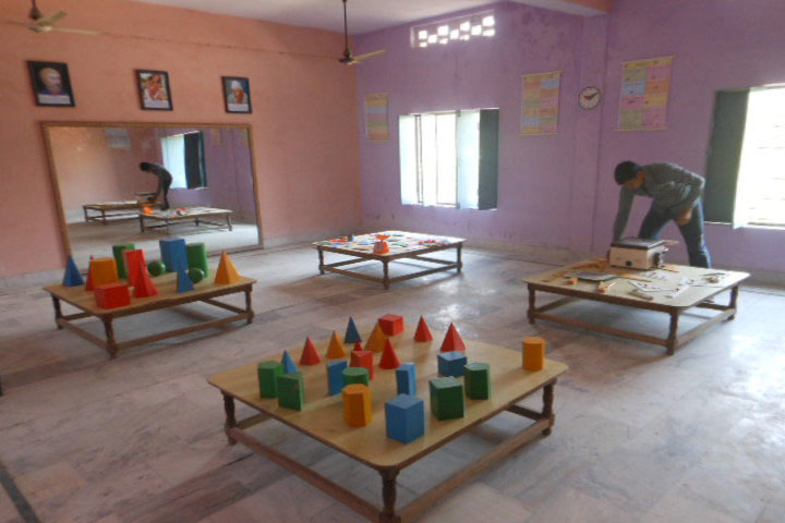 SDS Convent School- maths lab