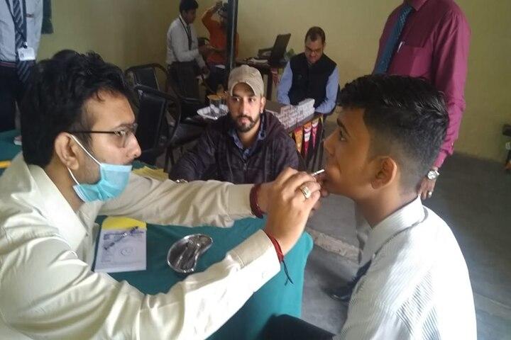 S R Public School-Health Checkup