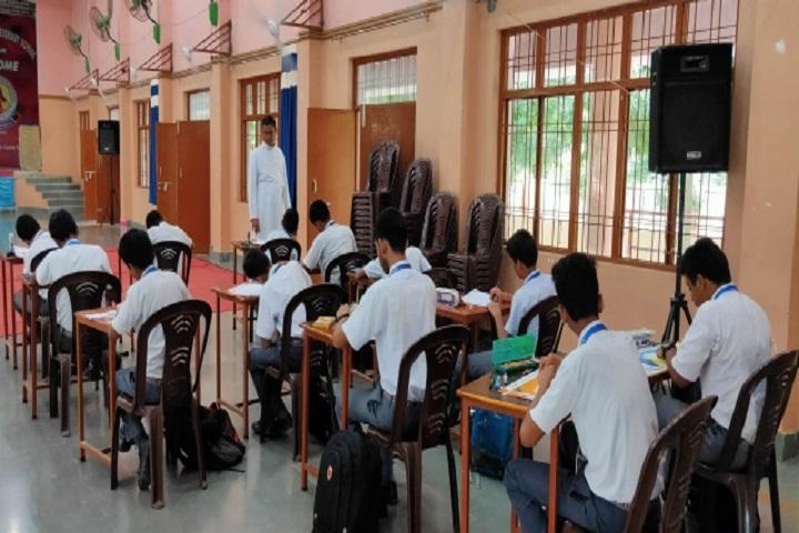 Sacred Heart Higher Secondary School-Classroom
